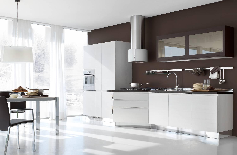 Бело-коричневый дизайн